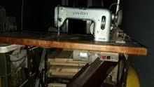 آلات خياطة الاثاث المنزلية