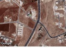 ارض سكن ب على 3 شوارع في شفا بدران