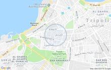 شقة للبيع في طرابلس وسط البلاد الدور الأرضي مساحتها الشقة بي الجنان وقراج في حدو