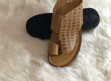 متجر CZ لبيع الأحذية الرجالية