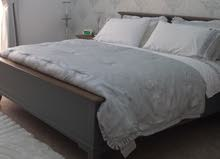 Pierre Cardin Bedding with matching pillows