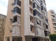 شقة في منطقة الصفير قرب ملعب الراية
