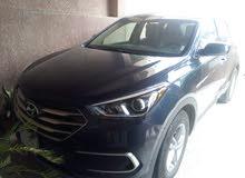 Hyundai Santa Fe 2018 For sale - Grey color