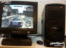 عمان \كمبيوتر كامل نزل علي 30لعبي بس23دينار