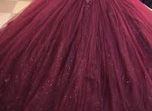 فستان ينفع خطوبه وحنه ملبوس مره وحده قياس فري سايز يلبس من 38-46اخر قطعتين السعر 75
