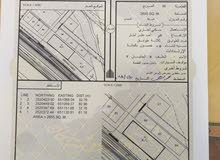 للبيع ارض سكني تجاري ممتازة في ابراء على الشارع العام مقابل المخيم السلطاني