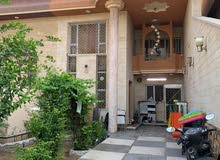 للبيع بيت 218م في حي المعلمين