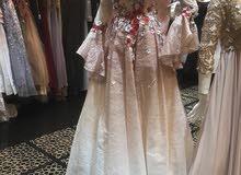 فستان مستعمل لبسه واحده فقط