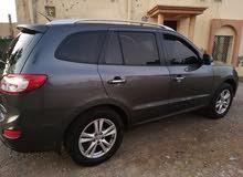 Hyundai Santa Fe 2011 For sale - Beige color