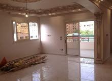 شقة للبيع 220م بموقع متميز المنطقة السادسة