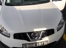Qashqqai 2014 white free of dent for sell 48000km