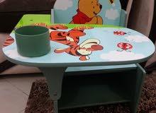Delta chair desk مكتب اطفال صغير