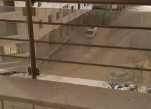 شقة في اشرفيه صحنايا-دخله فلافلجي-بناء بدريه-يبعد عن الشارع العام 300م