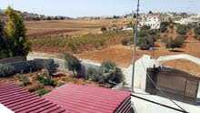 1 - 5 years old Villa for sale in Madaba