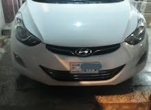 White Hyundai Elantra 2012 for sale
