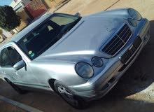 مرسيدس اي200 2002