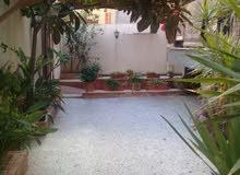 منزل دورين وبادروم بمنطقة السبعه
