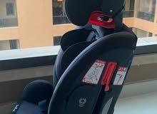 مقعد سيارة للاطفال