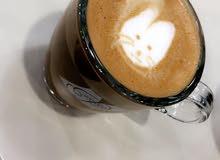 مطلوب صانعة قهوة سعودية للعمل بموقع نسائي لديها خبرة وحسنة المظهر