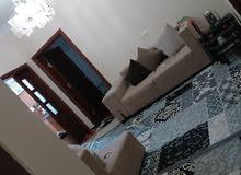 منزل كزيوني.. عين زاره شارع زويته بالقرب من جامع الحاراتي (عثمان بن عفان)