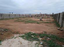 ارض قرب مصنع الاسمنت