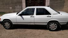 Automatic White Mercedes Benz 1986 for sale