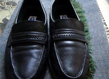 حذاء طبي مستعمل بحالة ممتازة