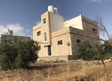 عمارة طابقين في سوم (الحي الشرقي) قرب مسجد خديجة ام المؤمنين