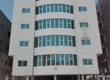 مبنى من 14 شقة ديلوكس للايجار شيك واحد 4500 دينار شهري