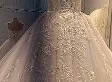 فستان عرس للبيع مع طرحه واكسسوار
