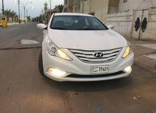 For sale Hyundai Sonata car in Basra