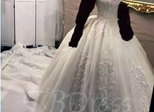 فستان زفاف مستورد شكل اسطوري