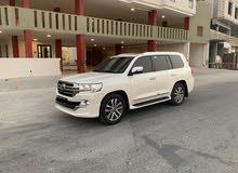 Toyota Land Cruiser VX-S 2019 (White)