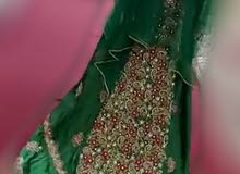 لبسه عمانيه  متروسه وقيمتها غالية  (للايجار او للبيع