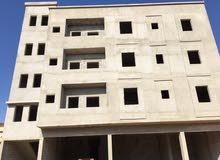 مبنى من اربع طوابق للبيع في موقع ممتاز حي السلام بالقرب من جزيرة الطيارة ع الرئي