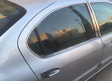 سيارة مكسيما موديل 2001 نظيفة بطارية وتواير جدد جاهزة للاستعمال ليس بها اَي عيب