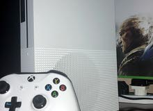 Xbox 1 in its box
