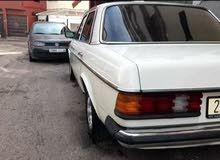 مرسيدس 240 1982
