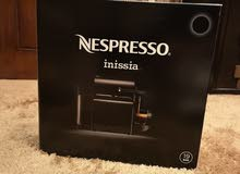 آلة قهوة انسبيريسو black nespresso inissia جديدة مع 30 كبسولة