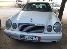 مرسيدس E200  ماشيه 127000 كم
