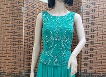 فستان سهرة ناعم للبيع مقاس 14 امريكي