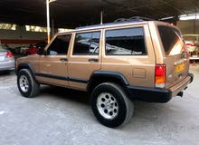 Used condition Jeep Cherokee 1999 with 30,000 - 39,999 km mileage