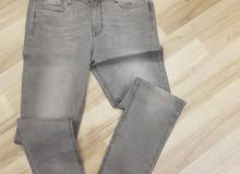 جينزات بسعر الجملة ماركات عالمية