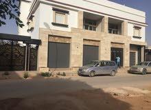 مبني اداري فيسنيسيا