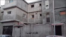 منزل 3 ادوار للبيع خلف شارع الهلال