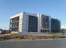 مبنى نص تشطيب  يبعد من مطار طرابلس 3 كم