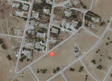 ارض سكنية مخدومة للبيع في الزيتونة  اسكان المهندسين 750م