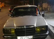 Mercedes Benz C 200 1983 For sale - Silver color