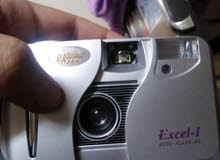 كاميرا للبيع بتاخد صور بس ما بتصور فيديو نضيفة كتييير بس بدا تحطلا بطاريات و فلم