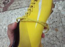 حذاء نايك اصفر بحالة ممتازة nike shoes original